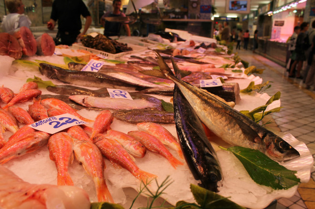 サンセバスチャン 市場 魚売り場