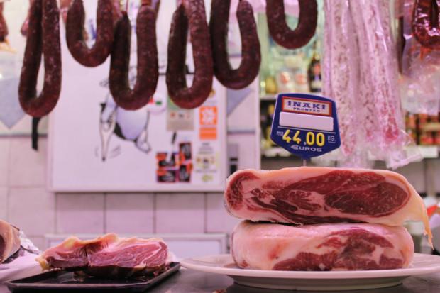 サンセバスチャン 市場 肉売り場