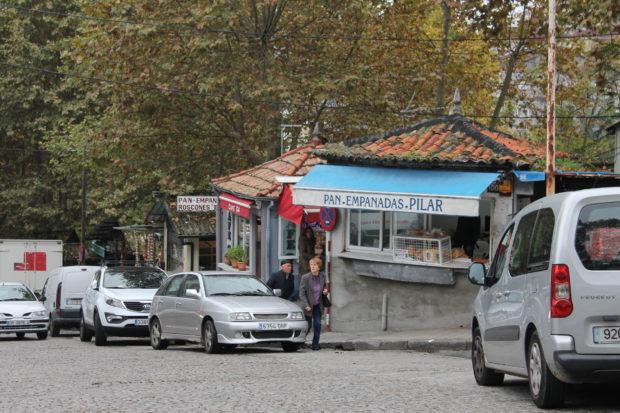 オウレンセ 市場外のパン屋さん