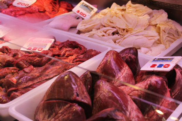 ビルバオ 市場 肉