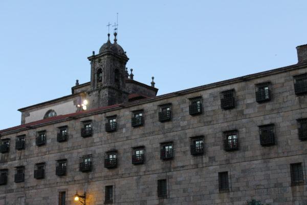 サンティアゴ・デ・コンポステーラ ミステリーツアー