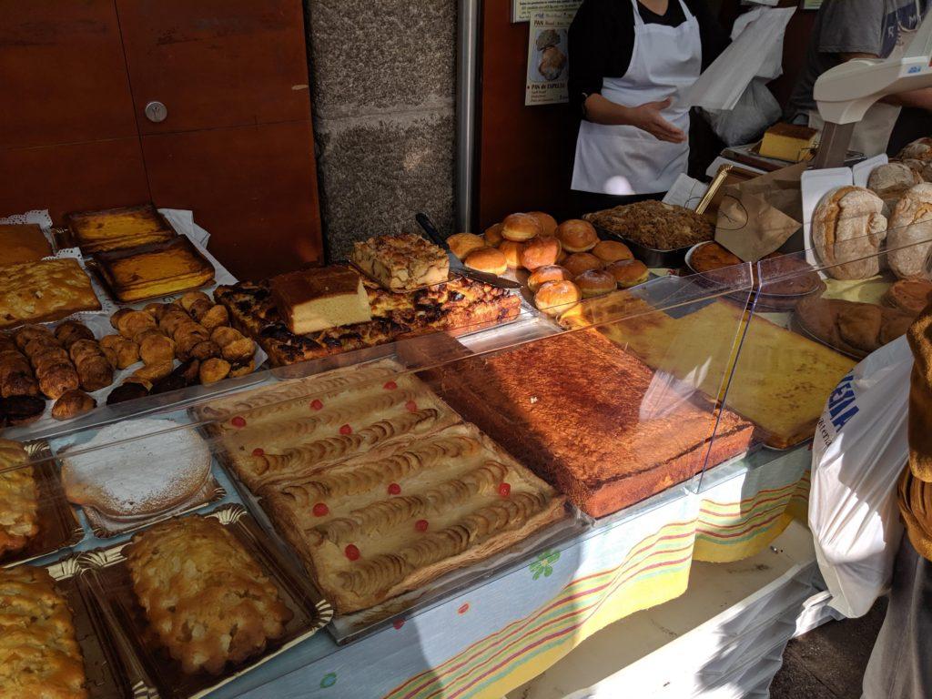サンティアゴ・デ・コンポステーラ 市場 お菓子