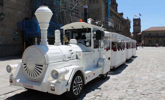 サンティアゴ・デ・コンポステーラ 観光列車