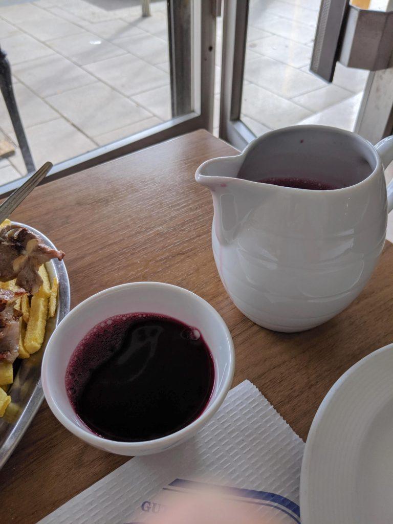サンティアゴ・デ・コンポステーラ 赤ワイン クンカ